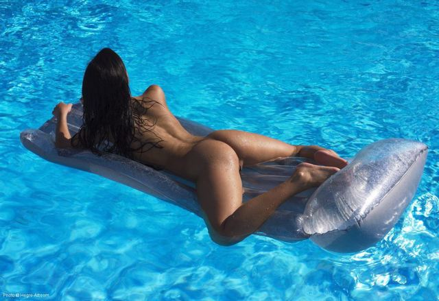hot girls riding dick porn gif